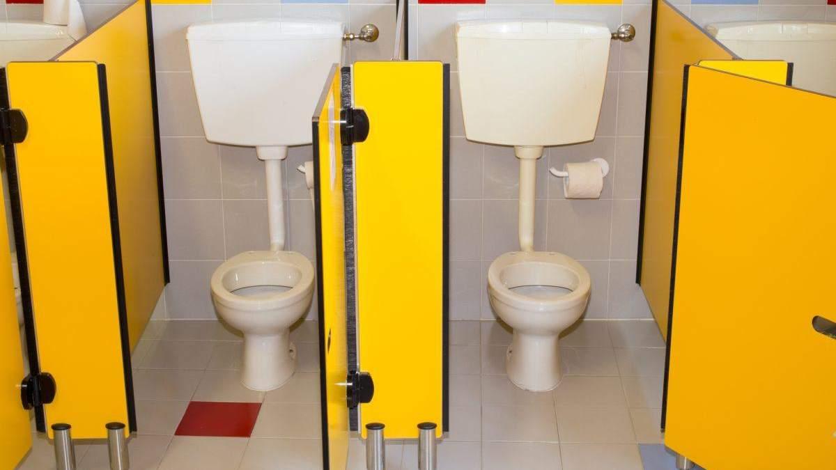 В уряді планують вирішити проблему з туалетами у школах