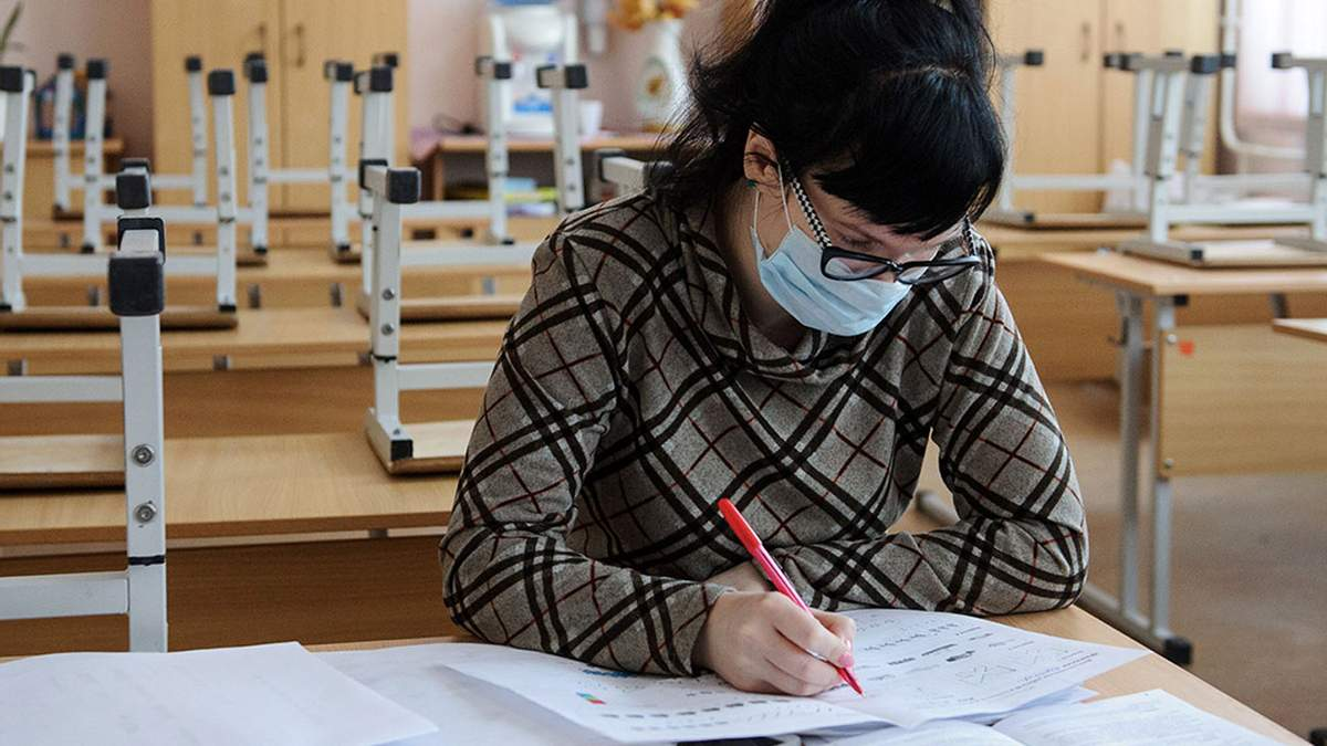 Учителя не получат надбавки за работу в условиях COVID-19, – МОН