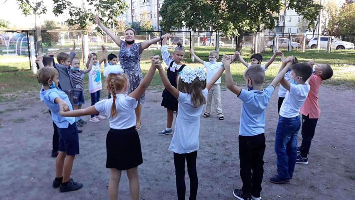 Уроки на відкритому повітрі: Фіданян розповіла, яким буде останній місяць навчання у Києві