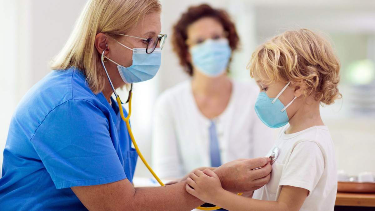 Какие медицинские осмотры должны пройти дети перед школой: разъяснения