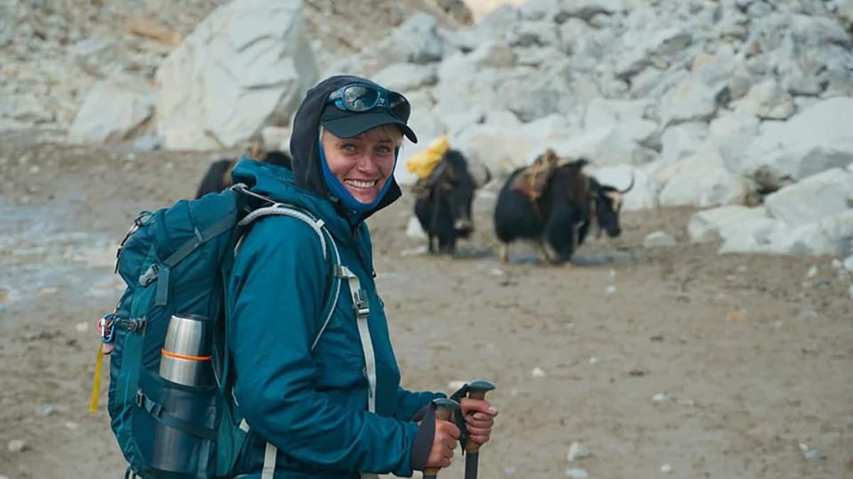 Вчителька географії Христина Мохнацька підкорює Еверест: фото