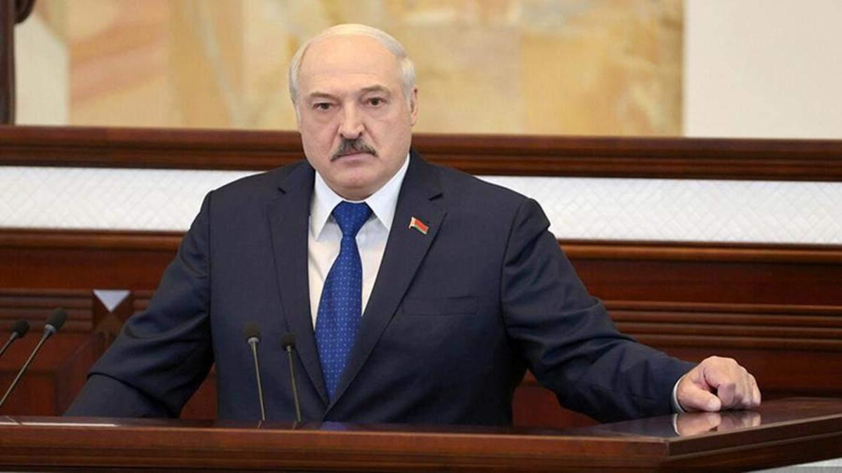 Університет КНУ Шевченка забрав у Лукашенка звання почесного доктора