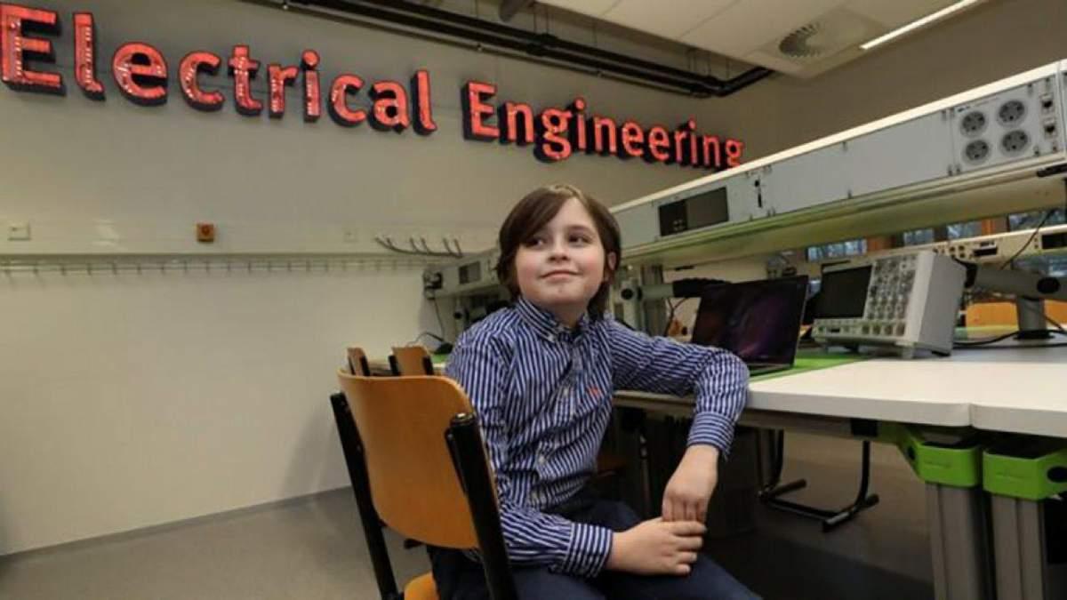 В Бельгии Лоран Саймонс в 11 лет закончил университет: фото