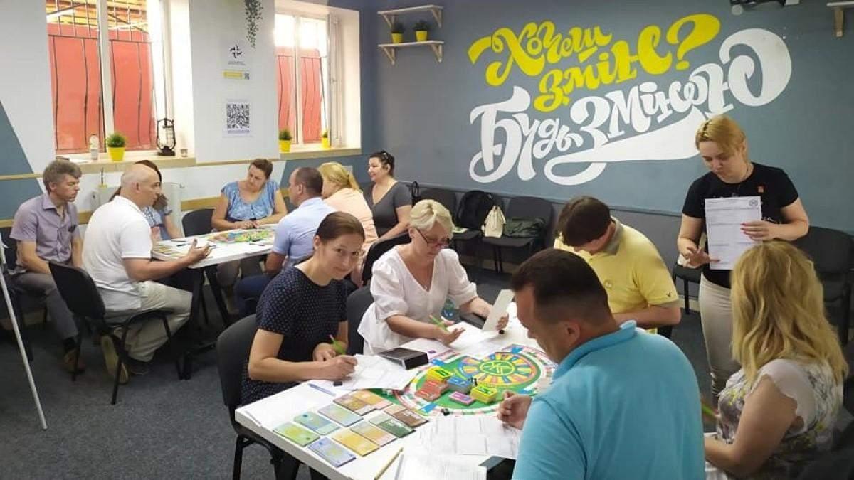 В луцких школах могут открыть клубы финансовой грамотности