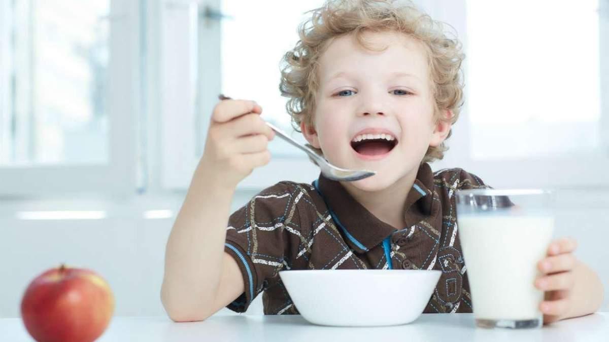 Олія та безлактозне молоко: уряд змінив норми харчування у школах