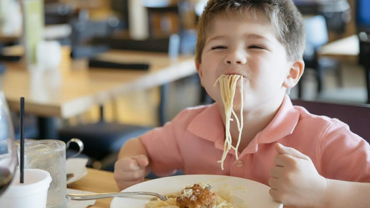 С 1 сентября 2021 в школах запускают новое школьное питание