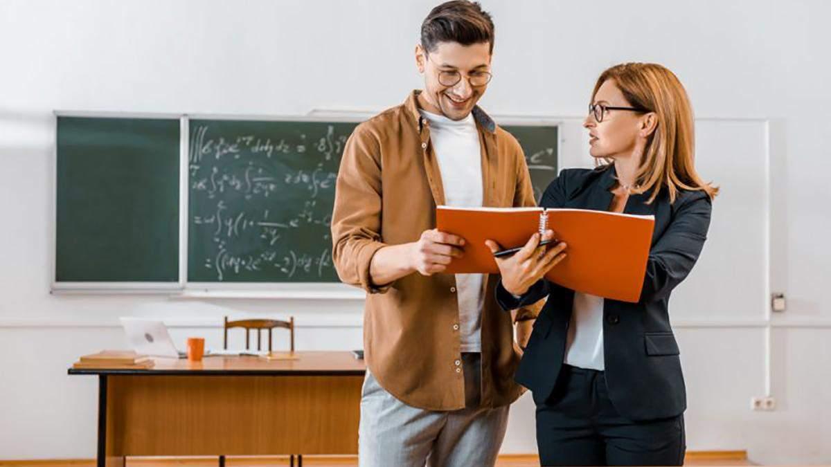 Які вакансії серед вчителів найпопулярніші та скільки безробітних освітян - Україна новини - Освіта