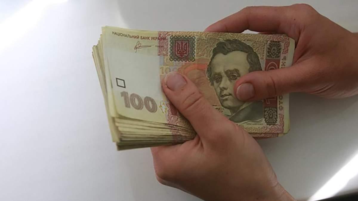 На Харьковщине женщина собрала деньги на ремонт садика и потратила их на алкоголь и еду