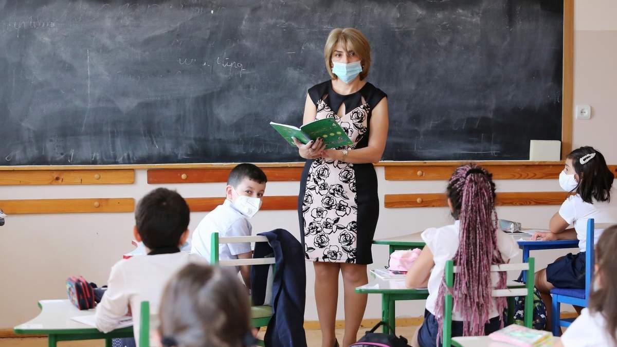 Как работают школы во время карантина в других странах мира