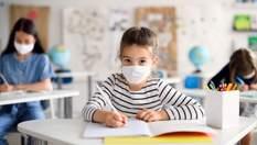Повинно бути 80% вакцинованих вчителів: уряд змінив умови роботи шкіл під час карантину