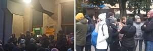 В Ивано-Франковске родители всю ночь мерзли в очереди, чтобы записать детей в сад: реакция мэра