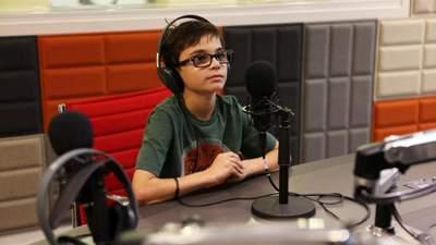 Діти зможуть створювати подкасти та брати інтерв'ю: у Києві запустили перше радіо для школярів