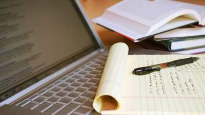 Штраф за курсові і дипломні, написані на замовлення: у Раді зареєстрували законопроєкт