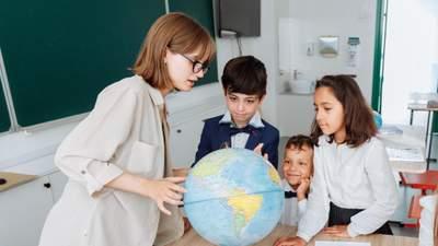 Як у новому навчальному році вчителі мають виховувати школярів: рекомендації МОН