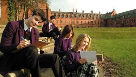 Освіта в Англії: цікаві факти про навчання школярів та студентів
