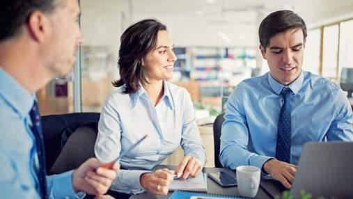 Уникати конфліктні теми та не дратувати колег: важливі правила ділового етикету на роботі