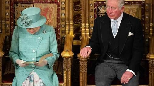 Індивідуальний підхід, складне навчання та булінг: як навчалися британські монархи