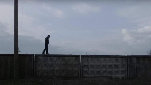 Данським школярам показуватимуть фільм про війну на сході України: чому це важливо