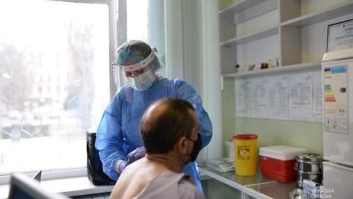 У Черкаській області почали вакцинацію вчителів