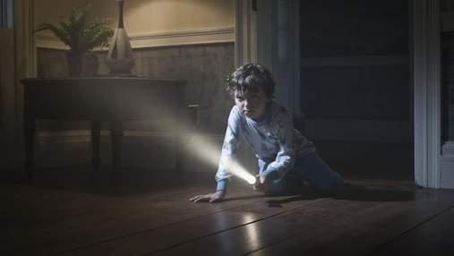 Темнота, жуки и воображаемые монстры: как бороться с детскими страхами – советы психологов