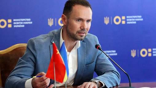 В МОН обещают выплатить премии победителям международных олимпиад