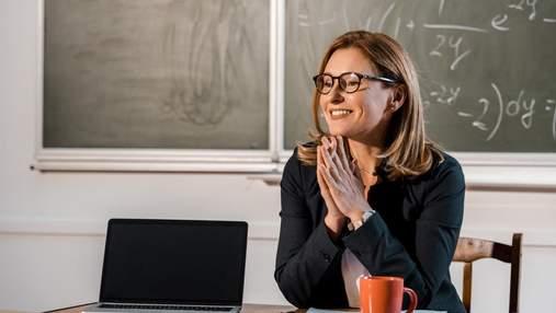Зрівнялася з середньою в Україні: у червні вчителі отримали вищу зарплату – сума