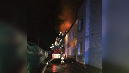 Школа горела 10 часов: почему случился масштабный пожар в Чугуеве