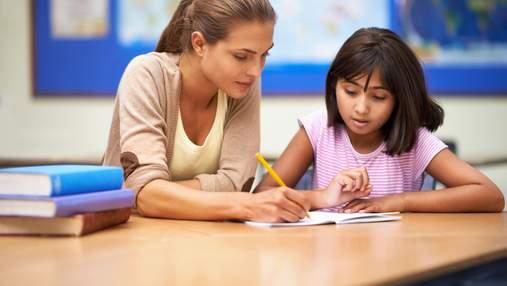 Як вчителям оцінювати учнів, вести журнал та перевіряти зошити: пояснення МОН