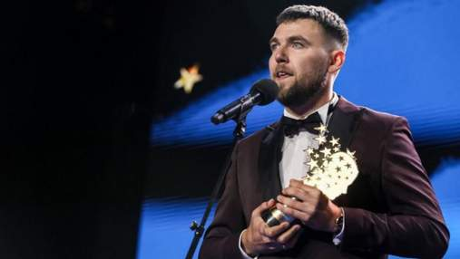 """Через помилки в піснях, """"лате"""" й """"піцу"""": лайфхаки, як найкращий вчитель навчає дітей української"""